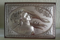 Картина серебряная с изображением девушки Лето