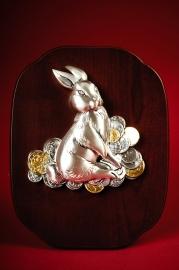 Картина Кролик серебряный с монетами