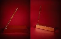 Золотой слиток с ручкой