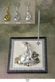 """Настольный набор""""Кролик серебряный с монетами и ручкой"""""""