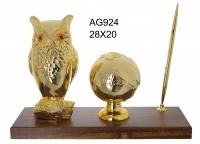 Сова на подставке с ручкой и земным шаром, под золото